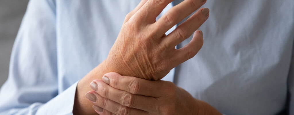hand pain due to arthritis