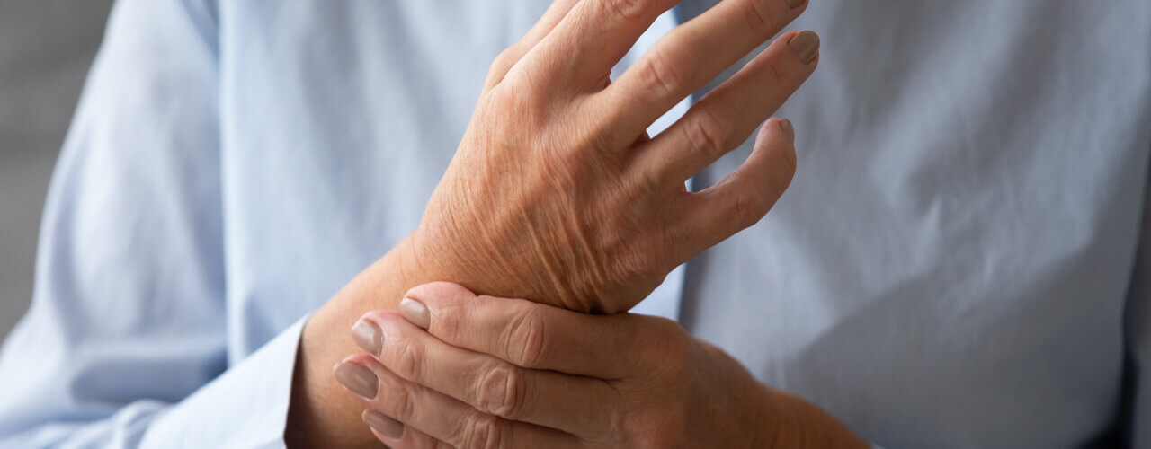 hand pain due to arthritis